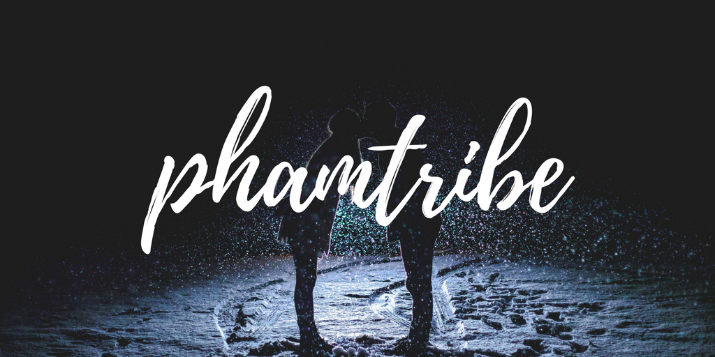 phamtribe, 2 people kissing in the snow